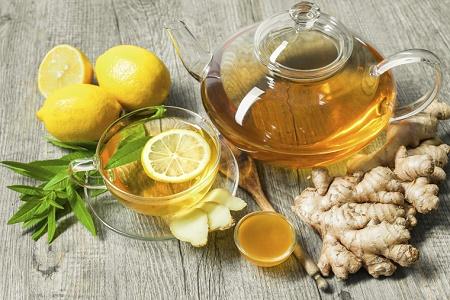 Gừng, mật ong, chanh và nghệ chữa viêm họng hạt hiệu quả