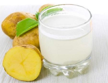 Cách chữa viêm họng hạt nhanh nhất là dùng nước ép khoai tây